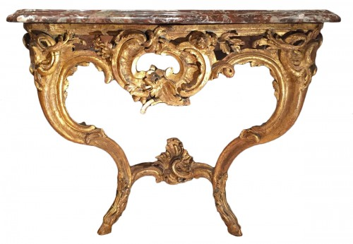 Small giltwood console of the early Louis XV period, circa 1730