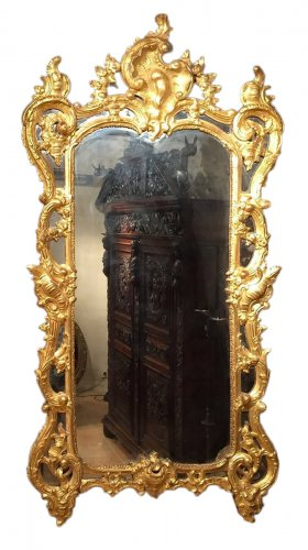 French giltwood mirror from Provence, Louis XV period circa 1750