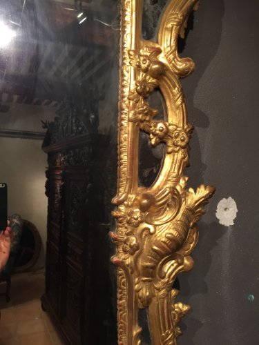 18th century - French giltwood mirror from Provence, Louis XV period circa 1750