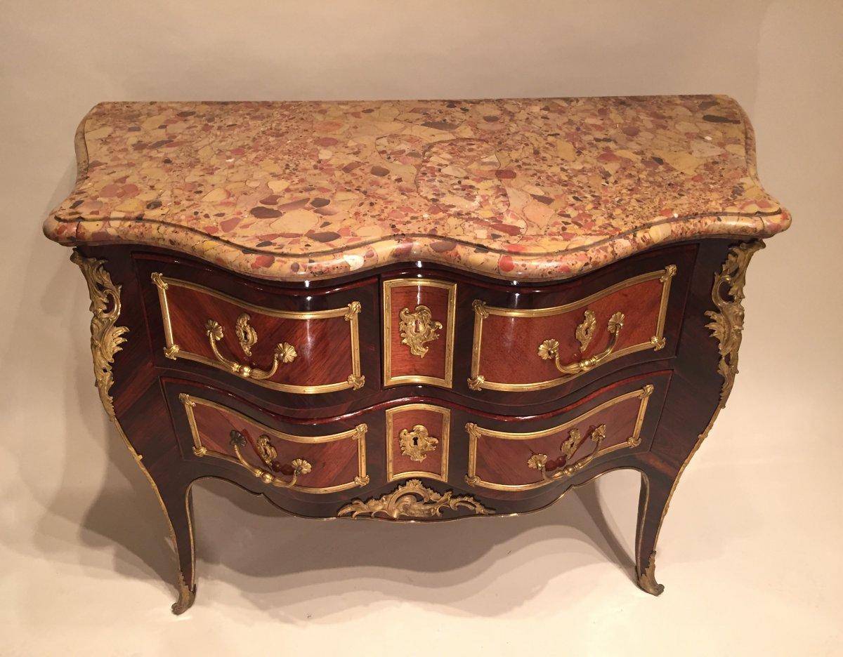 commode galb e en bois de rose et palissandre paris poque louis xv xviiie si cle. Black Bedroom Furniture Sets. Home Design Ideas