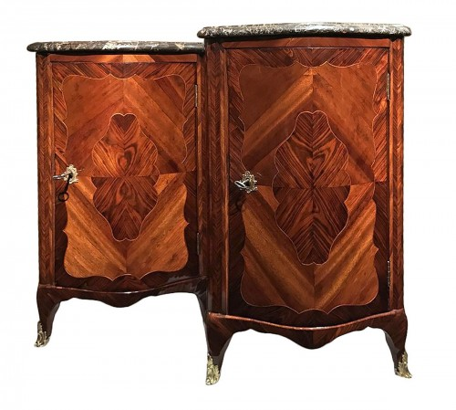 Pair of corner cabinets delivered by Joubert for Mme Sophie in Fontainebleau