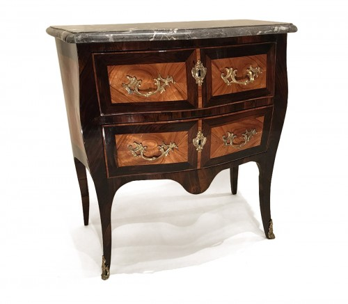 Commode estampillée L.N MALLE, ancienne collection David-Weill, Paris ép Louis XV.