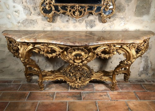 Very Large console table of Louis XV period circa 1760 - Furniture Style Louis XV
