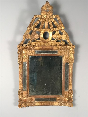 Antiquités - Small French Provencal Giltwood mirror circa 1730