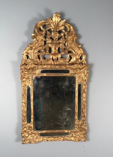 Early 18th Century French Provencal Gold Leaf Gilt Carved Mirror - Mirrors, Trumeau Style French Regence