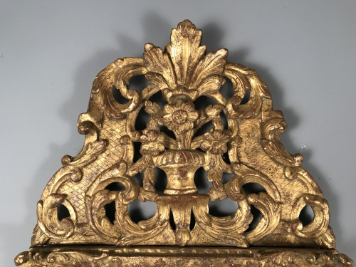 Mirrors, Trumeau  - Early 18th Century French Provencal Gold Leaf Gilt Carved Mirror