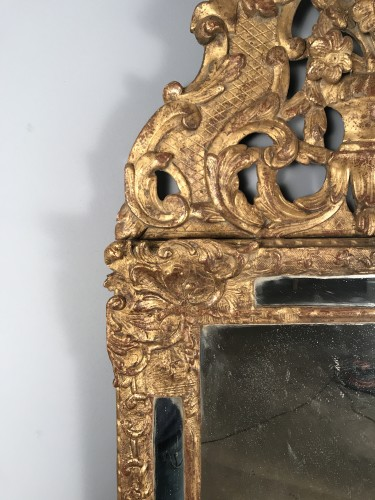 18th century - Early 18th Century French Provencal Gold Leaf Gilt Carved Mirror