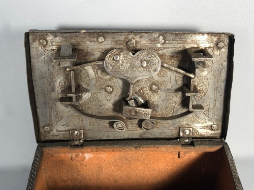 Small iron box engraved with etching, Nuremberg late 16th century -