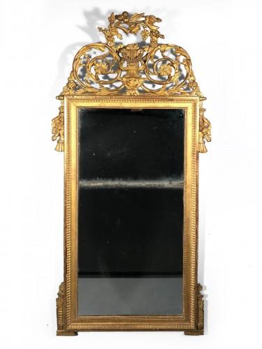 French fine mirror Louis XVI period circa 1780.