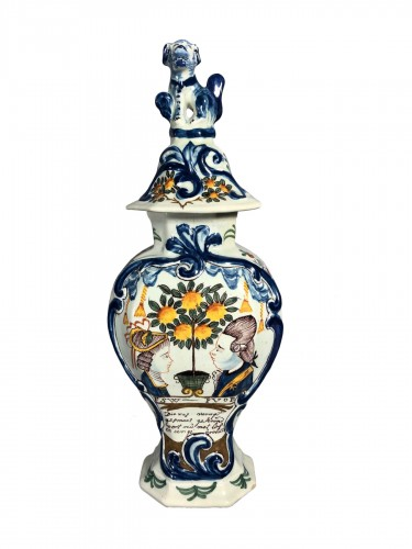 Earthenware vases with royal effigies, Delft circa 1770