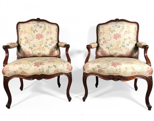 Fine pair of french armchairs stamped Pére Gourdin, Paris circa 1750