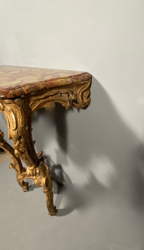 Louis XV - Rare pair of consoles in gilded oak, Paris Louis XV period  circa 1750
