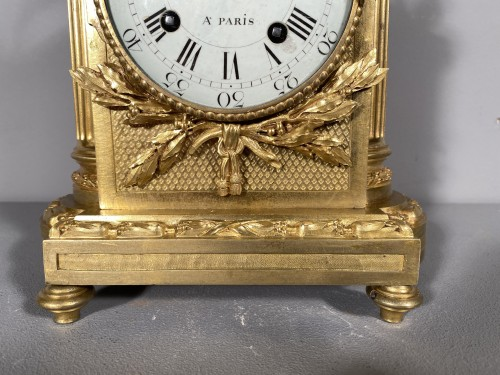 Antiquités - Officer clock, Paris Louis XVI period, circa 1780