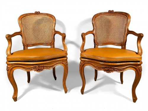 Pair of armchairs attributed to F. GENY, Lyon around 1765.