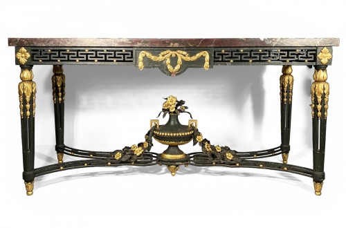 Wrought iron middle table, Provence early 19th century.