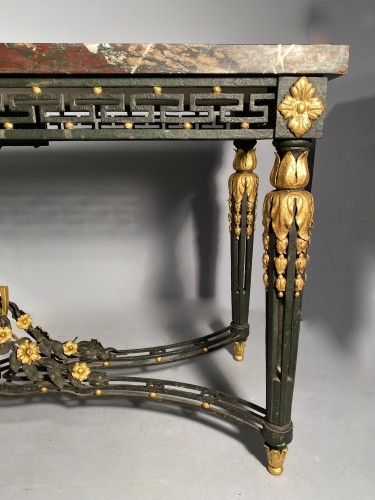 Antiquités - Wrought iron middle table, Provence early 19th century.