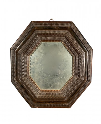 Octagonal mirror with double inverted profiles, Louis XIII period