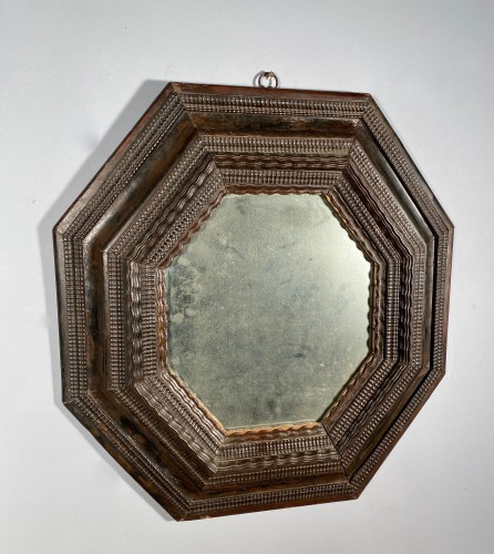 Octagonal mirror with double inverted profiles, Louis XIII period - Mirrors, Trumeau Style Louis XIII