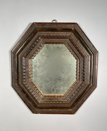 Mirrors, Trumeau  - Octagonal mirror with double inverted profiles, Louis XIII period