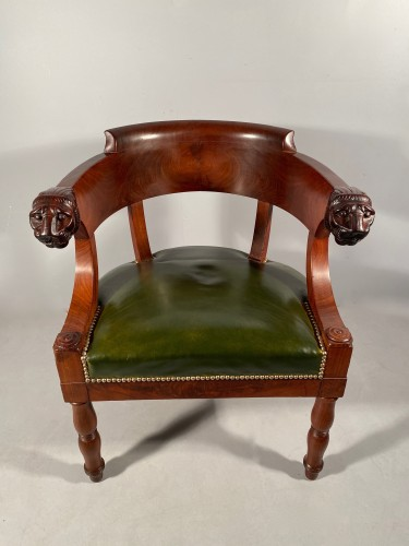 Antiquités - Mahogany office armchair attributed to Jacob, Empire period