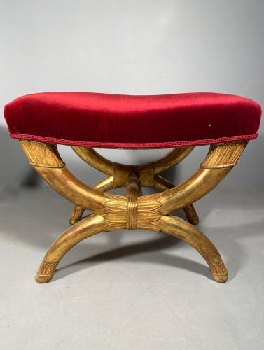 19th century - Pair of curule stools in golden wood, Paris Empire period