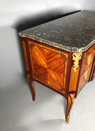 French 18th fine Greek commode, Paric circa 1700 - Furniture Style Transition
