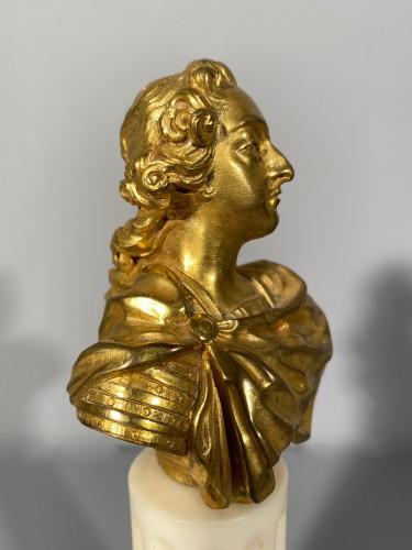 Sculpture  - Miniature bust of Louis XV in bronze circa 1750