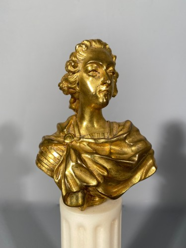 Louis XV - Miniature bust of Louis XV in bronze circa 1750