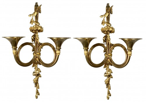 Pair of 18th century hunting horn sconces, attri to Edme-Jean Gallien