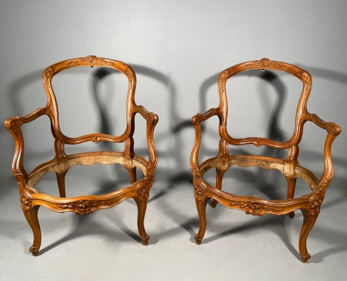 Seating  - Pair of cabriolets with frame stamped Tillard, Paris around 1760