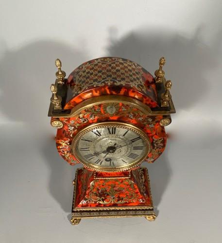 18th century - Dolls head clock in Boulle marquetry by Lenoir, Paris, Louis XIV