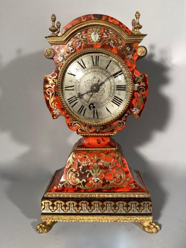 Antiquités - Dolls head clock in Boulle marquetry by Lenoir, Paris, Louis XIV