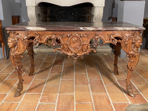 Hunting table in walnut attributed to Toro, Aix en Provence around 1710 - Louis XIV