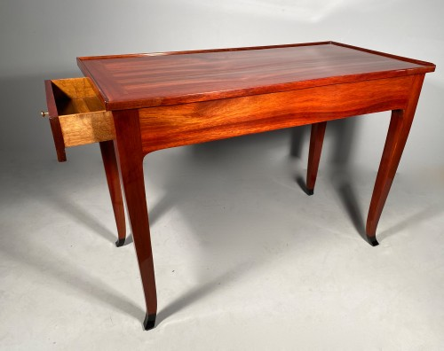 Desk attributed to S. Oeben for the Duke of Choiseul in Chanteloup - Furniture Style Louis XV