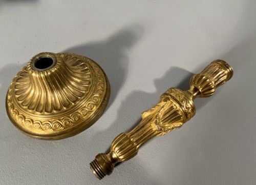 Louis XVI - Pair of gilt bronze candlesticks, Paris, Louis XVI