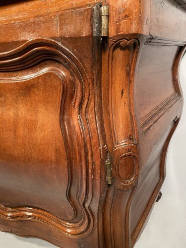 French carved commode in walnut, bordeaux circa 1750 -