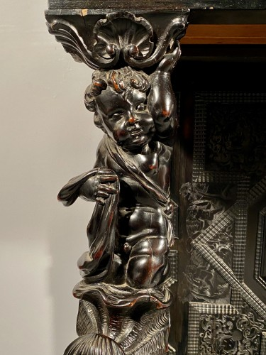 Ebony cabinet from the genesis scènes, Paris around 1640 - Furniture Style Louis XIII
