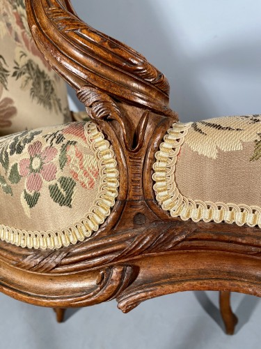 Series of four walnut armchairs by Pierre Nogaret circa 1770 - Seating Style Louis XV