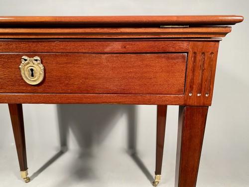 18th century - Mahogany architect table by P.Pioniez Paris circa 1780