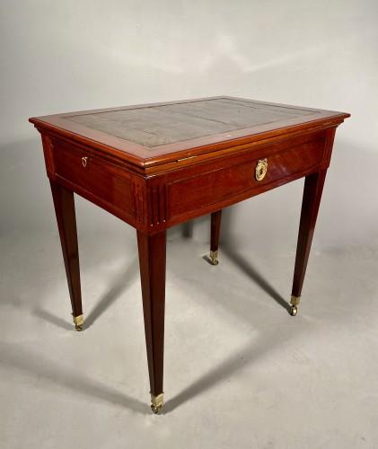 Mahogany architect table by P.Pioniez Paris circa 1780 - Louis XVI