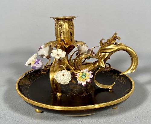 Ormolu, lacquer and porcelain toilet candlestick, Paris circa 1750. - Louis XV