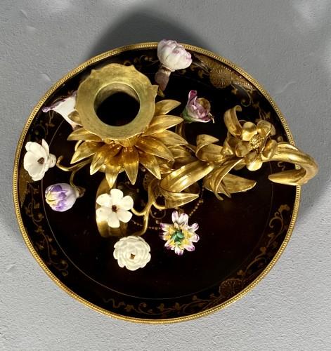 Louis XV - Ormolu, lacquer and porcelain toilet candlestick, Paris circa 1750.