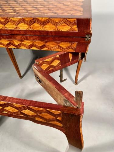 Travel backgammon table by Denizot circa 1770 - Furniture Style Louis XV