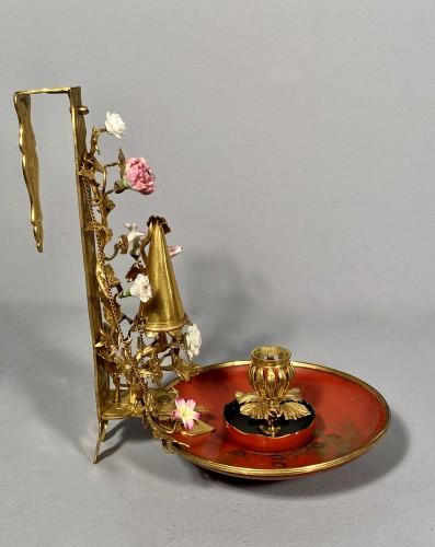 18th century - Bronze, lacquer and porcelain screen candlestick, Paris circa 1750