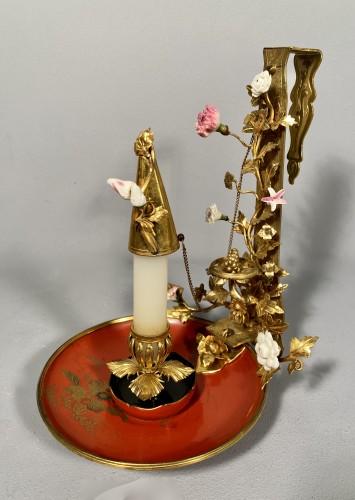 Bronze, lacquer and porcelain screen candlestick, Paris circa 1750 - Louis XV