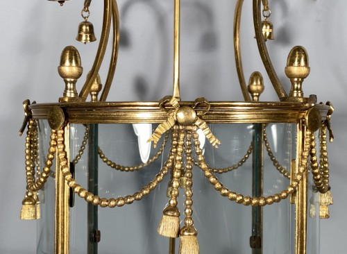 Lantern in pagoda, Paris Louis XVI period -