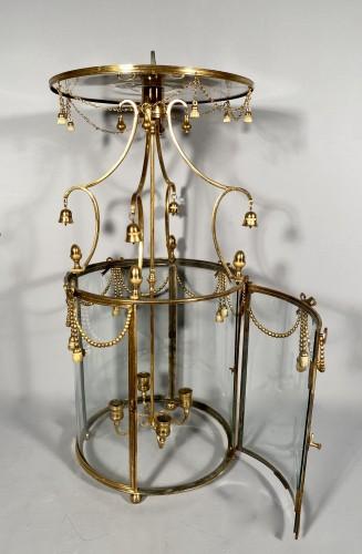 18th century - Lantern in pagoda, Paris Louis XVI period