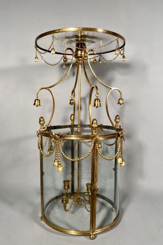Antiquités - Lantern in pagoda, Paris Louis XVI period