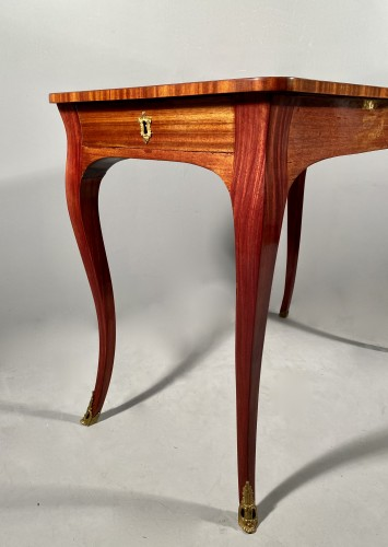 18th century - 18th coffee table by P. Migeon circa 1750