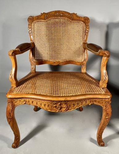 Pair of armchairs by René Cresson, Paris around 1740 -